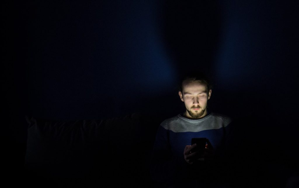 Here's Why Your Smartphone Should Stay Out of Your Bed
