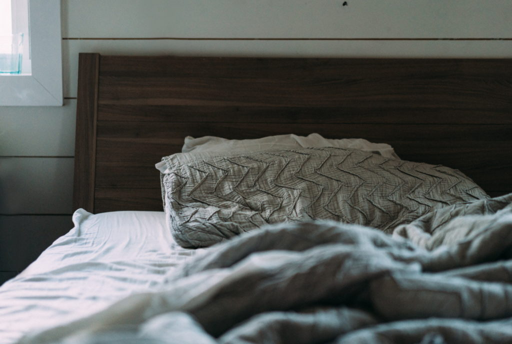5 Common Coping Behaviors That Actually Perpetuate Insomnia
